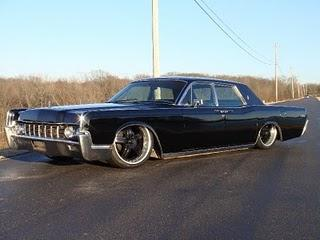 Lincoln Continental Lowrider