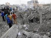 Nuovi raid aerei Raqqa Siria, civili uccisi