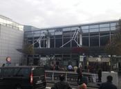 """Bruxelles sotto attacco: esplosioni all'aeroporto """"Zaventen"""" nella stazione metro """"Maelbeek"""". Morti feriti"""
