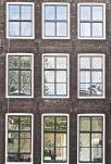 RvB-Arts_Vera-Rossi_Windows-in-Amsterdam-1_77x50cm_stampa-diretta-su-plexiglass_light