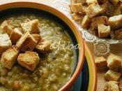 Crostoncini crostini, sono guarnizione semplice minestre zuppe