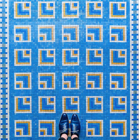 What are the most beautiful floors in Paris? 8 #selfeet from Sebastian Erras