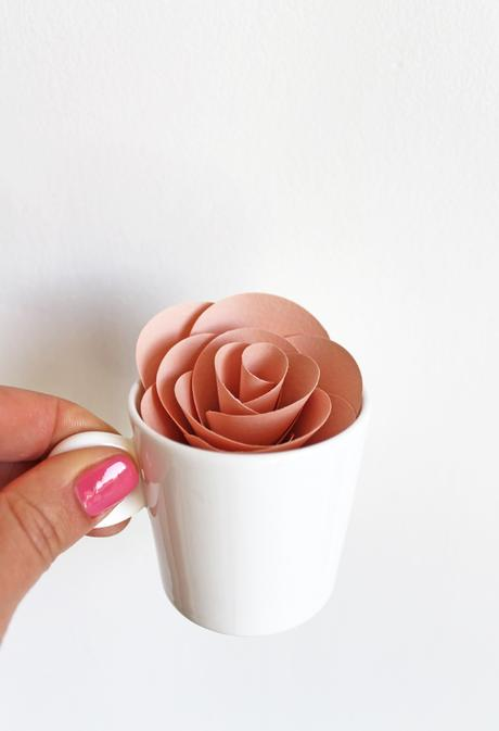 Let's make Paper Flowers