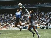 """Maradona: anni """"Mano Dios"""". L'arbitro: """"Non colpa mia, Diego deve…"""""""
