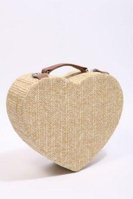 Must have - HEART BoX BaG!
