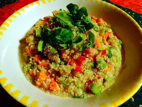 Insalata di quinoa la forza in un minuscolo seme paperblog for Mangiano il pastone