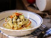 Maccheroncini pesto basilico pistacchi, melanzane rosse fritte cacioricotta piacere delle cose semplici