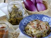 Spaghetti Bianchetti, Cipolla Tropea, Olive Schiacciate Pepe Rosso