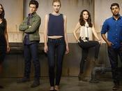 News Stitchers rinnovato Freeform terza stagione!