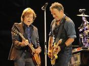 fecero ritorno mare. Springsteen scopri Beatles