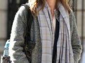 Emily Blunt cinema ragazza Treno