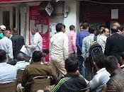 India senza cash, cronaca della prima giornata Delhi