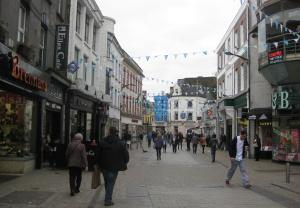 Shop Street nel centro storico di Galway