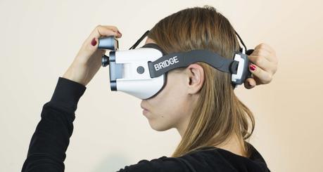Arriva Bridge, il dispositivo VR portatile con realtà mista e tracciamento