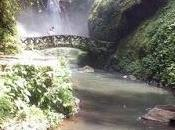 spettacolo delle cascate Kali waterfall Manado