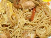 Noodles pollo verdure