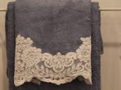 Pizzo rebrodè: scopri nuova collezione asciugamani shabby chic