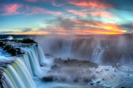 Il giro del mondo in 8 cascate