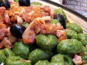 Sugo veloce pomodori pancetta olive nere
