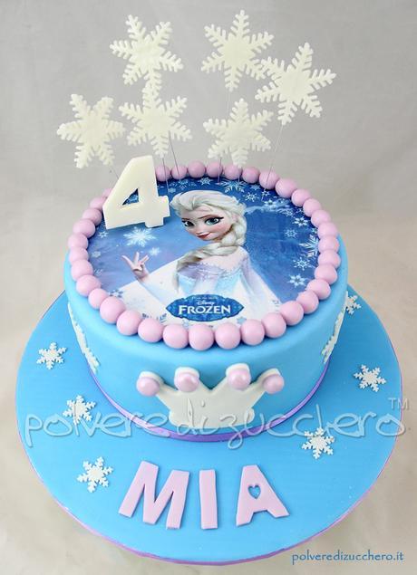 Cake Design Principesse Disney : Torta Frozen Disney in pasta di zucchero con Elsa su ...