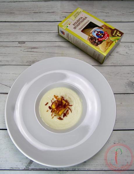 Cubi di Polenta con salsa al Parmigiano e Speck Croccante