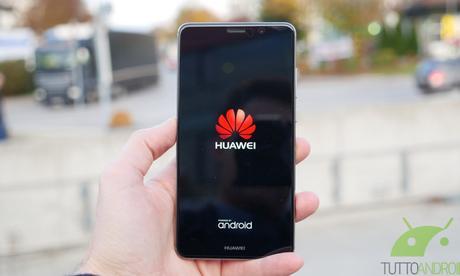 Huawei Mate 9 supera brillantemente i test di durabilità