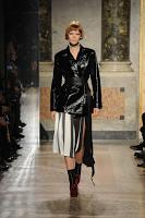 Milano Moda Donna: Angelo Marani A/I 2017-18