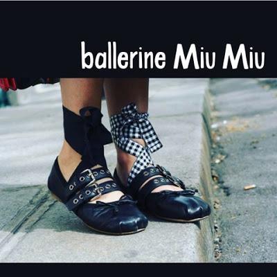 Di ballerine calze a rete e Chiara Ferragni