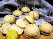 Panini farro burger lupini crema allo yogurt greco