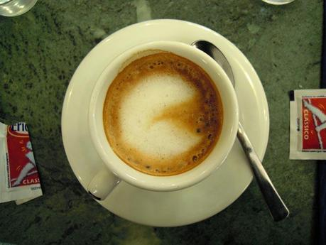 Pac-man is in my coffee!Do I have a geek bartender?Ho un ...