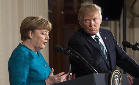 Usa: incontro tra Merkel e Trump cordiale ma freddo. E' scontro su immigrazione