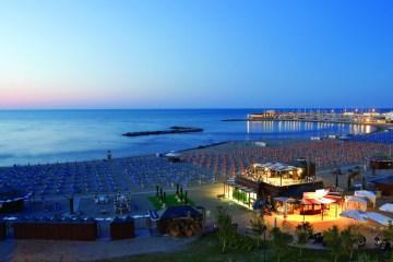 10 hotel strani, stravaganti e insoliti dove dormire – Miniguida