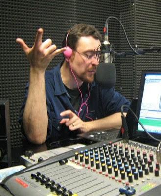 Chi va con lo Zoppo... ascolta ROCK CITY NIGHTS n. 33: Wednesday Rock on air mer. 22 marzo!