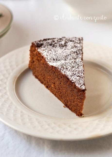 Torta al cioccolato recuperata: come rimediare agli errori coprendoli con altri.
