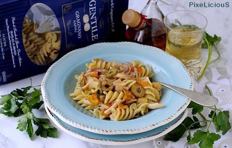 Eliche con Rana Pescatrice, Calamaretti, Ciliegini Gialli e Olive di Cerignola