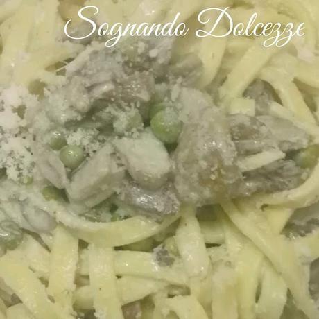Fettuccine con funghi panna e pancetta