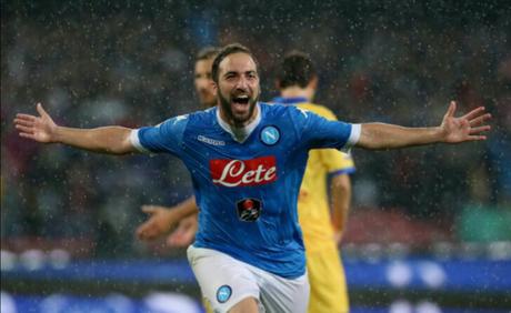 Napoli-Juventus: El Pipita ritorna dove tutto ha avuto inizio