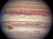 Hubble: nuovo ritratto Giove