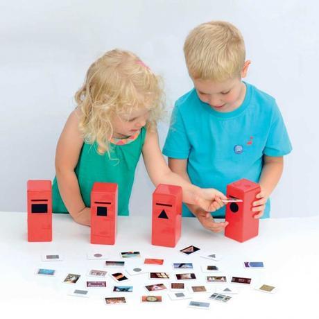 Laboratorio di logica per bambini in stile Montessori