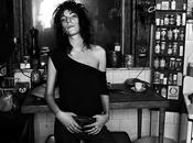 Woman portrait adotta stile patti smith