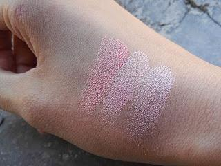 Make Up Revolution Blushing Hearts in Peachy Pink Kisses
