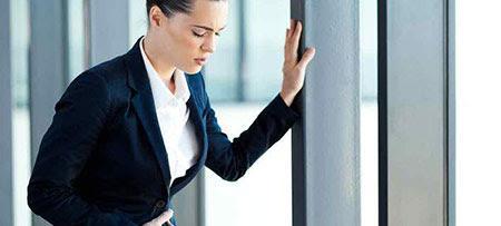 Kräuter Menstruationsbeschwerden zu lindern