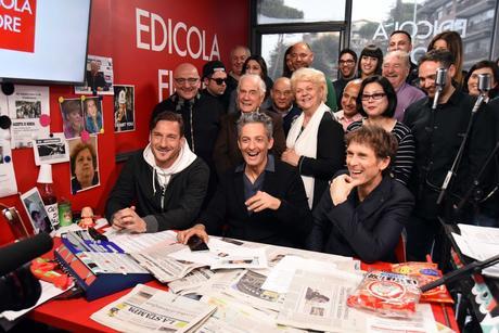 Finale di stagione per Edicola Fiore su Sky Uno HD e TV8 la rassegna di Fiorello