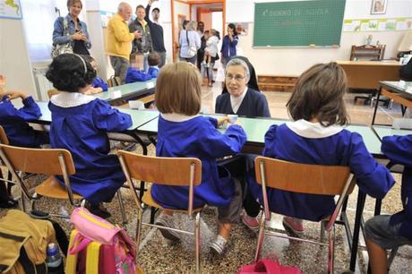 LIBERTÀ DI EDUCAZIONE IN ITALIA COME IN EUROPA: parità tra scuole pubbliche statali e non statali.