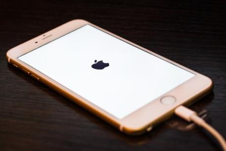 iOS 10.3.2 vs iOS 10.3.1 – Arriva il test della batteria