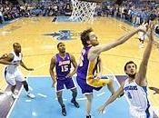 Lakers avanti, Hornets fuori. Passano anche Dallas Atlanta