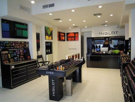 INGLOT : Apertura Store A Milano