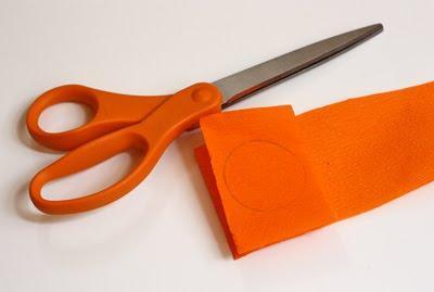 Creare fiori con la carta crespa paperblog for Fiori con la l