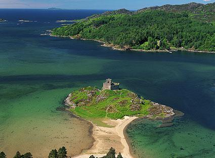 La Scozia occidentale... isole tidali con castelli...
