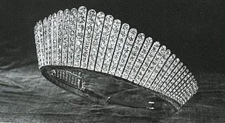 Toto tiara paperblog for Tiara di diamanti